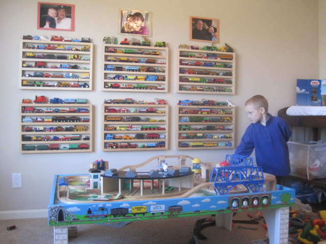 The NEW Ultimate Train Rack Lets Thomas Show His Face.